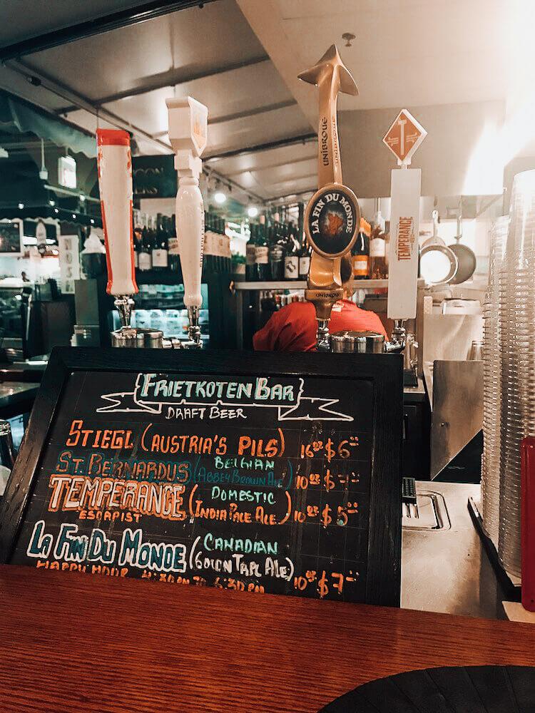 Chicago French Market bar