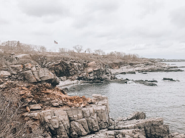 The shore outside of Portland Maine - Where to go Portland Maine