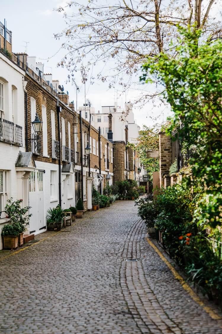 Cobblestone streets in London