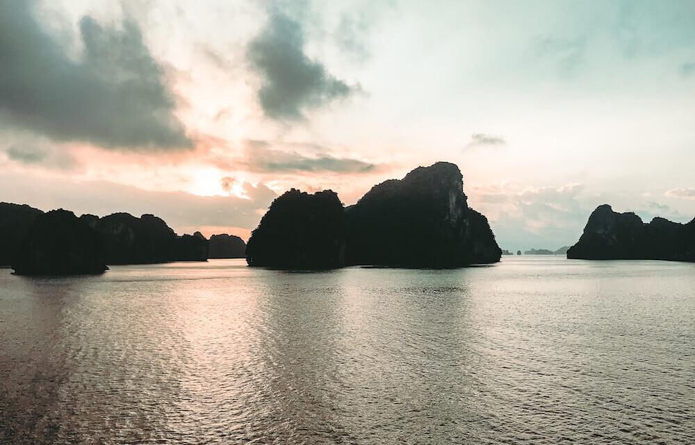 The Best Halong Bay Itinerary