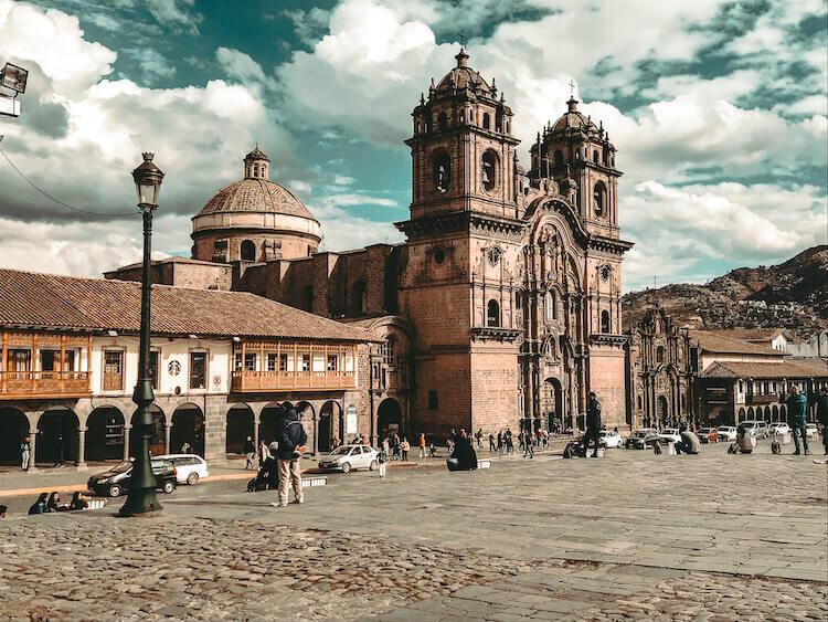 Plaza de Armes at mid-day in Cusco, Peru - Peru itinerary