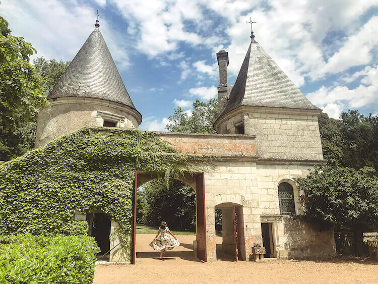 Kat spinning at Chateau de Nitray