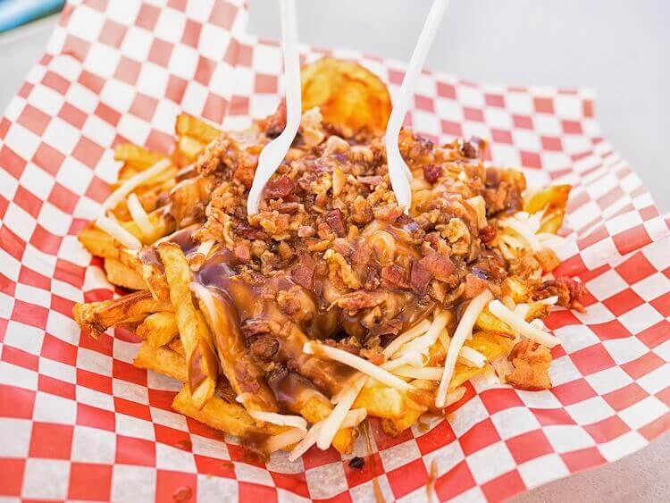 Loaded poutine