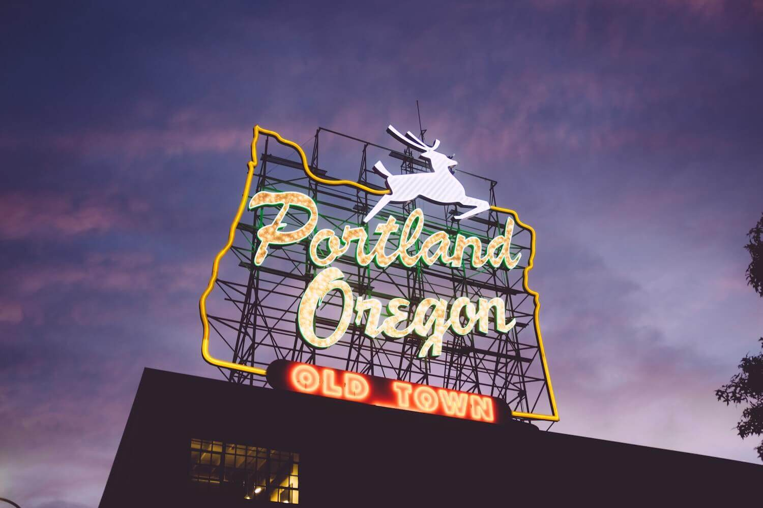 Portland White Stag Sign 3 Day Portland Itinerary