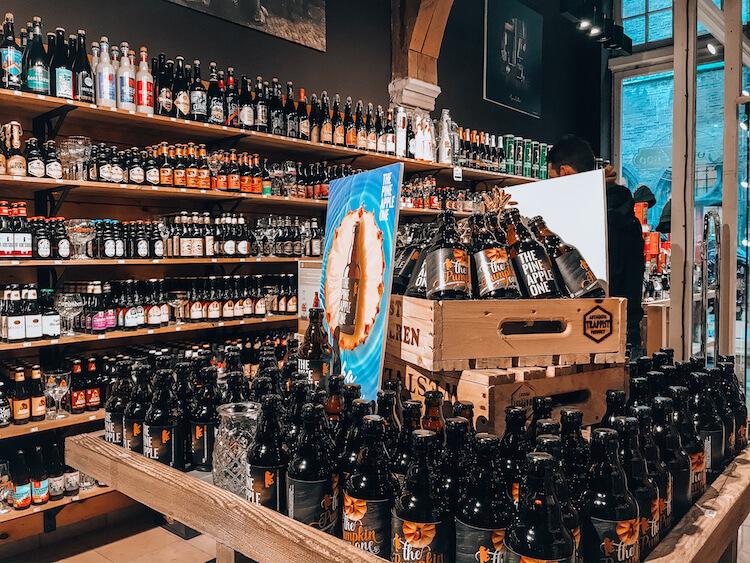 Beer shop in Bruges - Where to Drink Beer in Bruges - Belgian Beer Guide