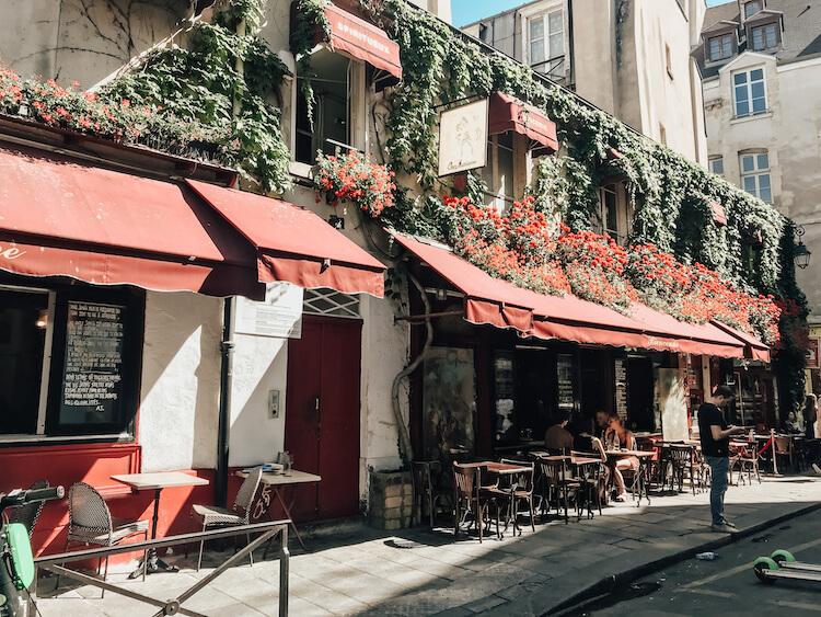 Cutest cafe in the Le Marais neighborhood in France