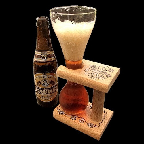 Kwak beer served in hour glass