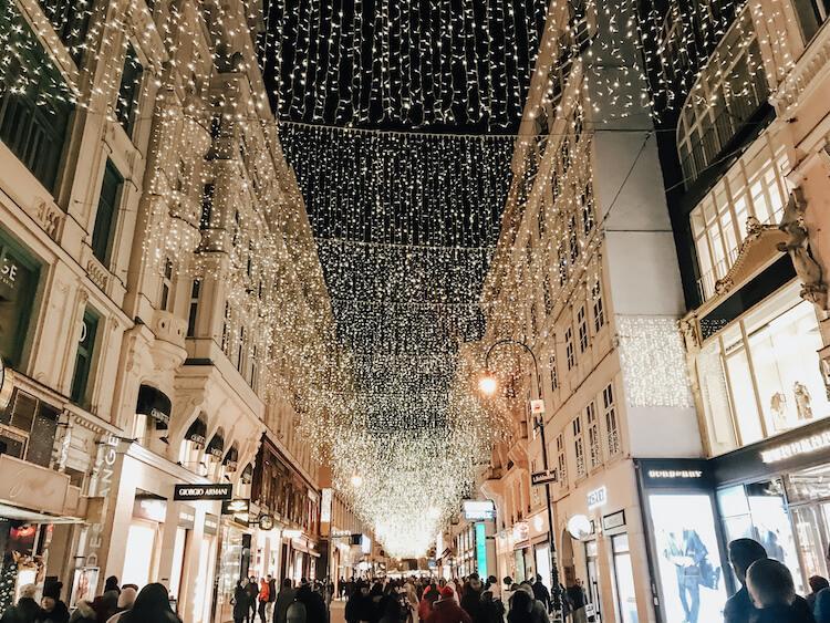 Vienna around Christmas at night- 2 days in Vienna
