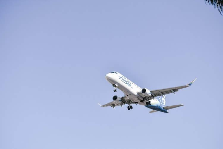 Alaska Airlines landing at the airport