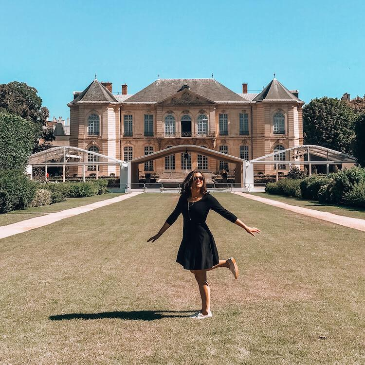 Kat spinning at Musee Rodin- What to Wear in Paris