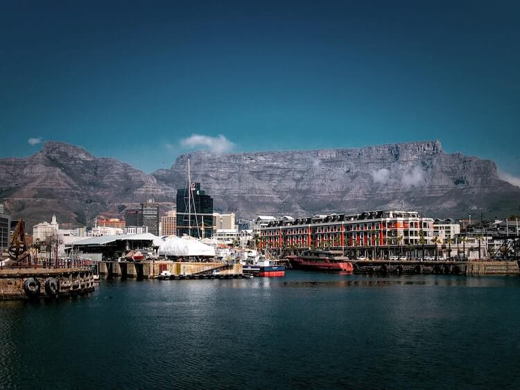 Table Mountain overlooking the V&A Waterfront