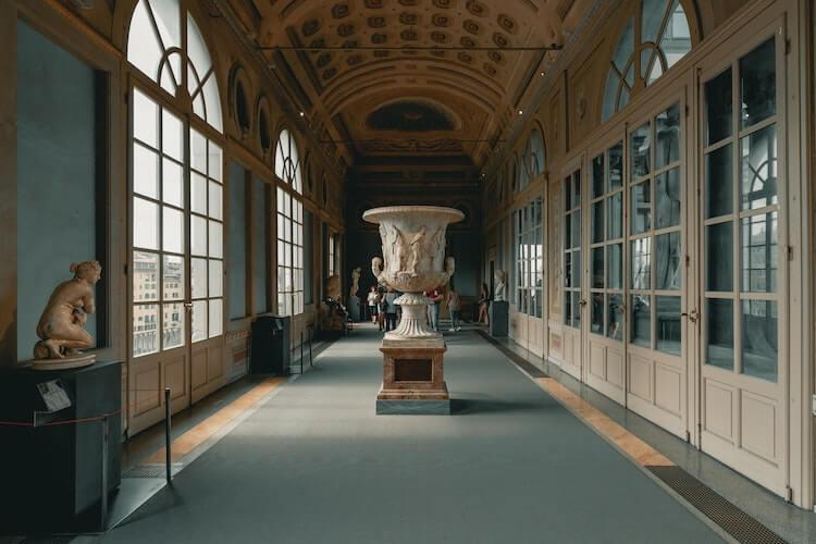 Uffizi Gallery Virtual Tour- Italy