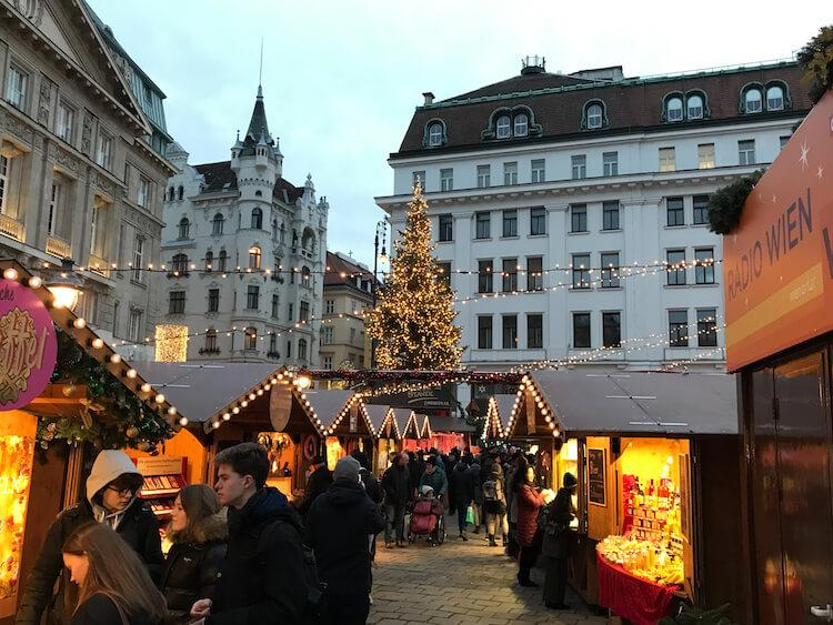 Exploring the Best Christmas Markets in Vienna in December
