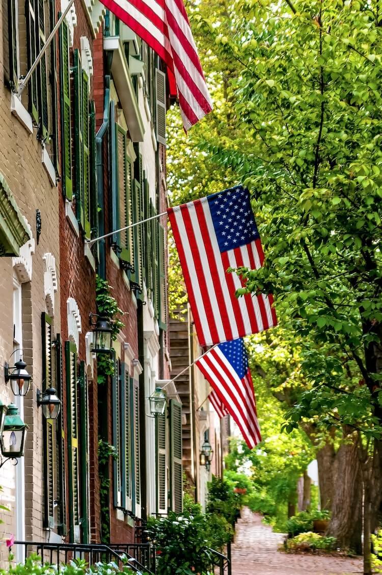 Old Town Alexandria street