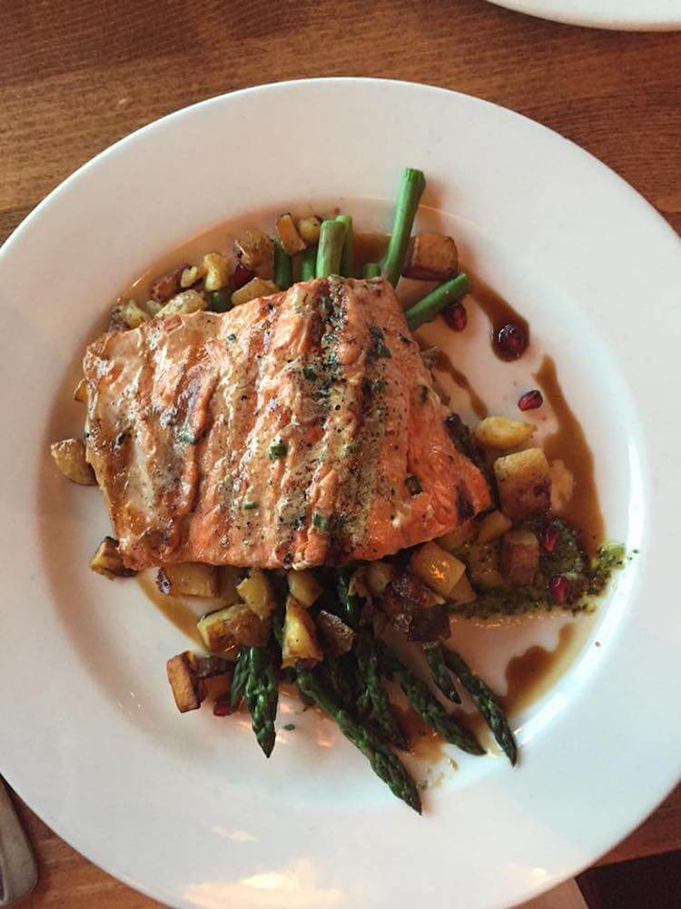Amazing salmon dinner in Seattle