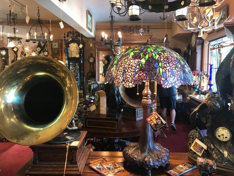 Antique shop - Shopping in Solvang