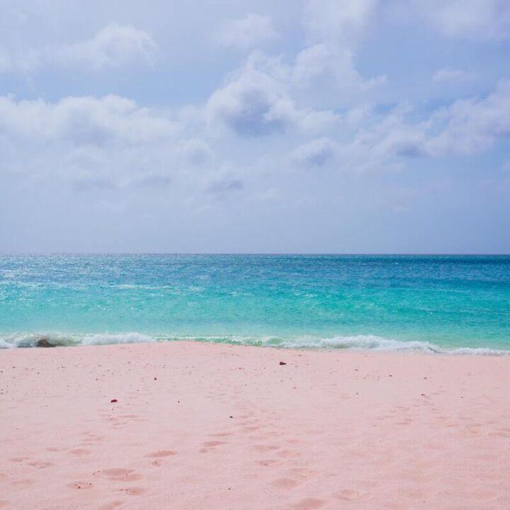 Best Honeymoon Destinations in December - Where to Honeymoon in December