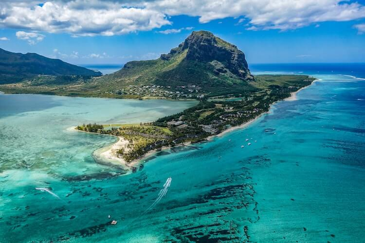 Mauritius clear water