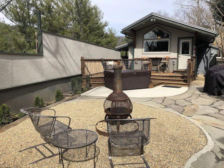 Romantic Hideaway Asheville AirbnbVRBO