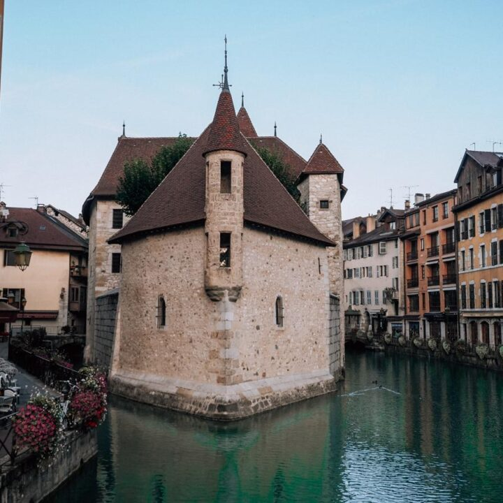Best Things to do in Annecy | Palais de L'Isle in the middle of the Thiou Canal