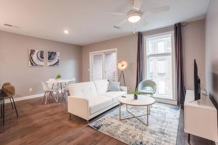 Modern and Luxurious Cincinnati Airbnb-VRBO
