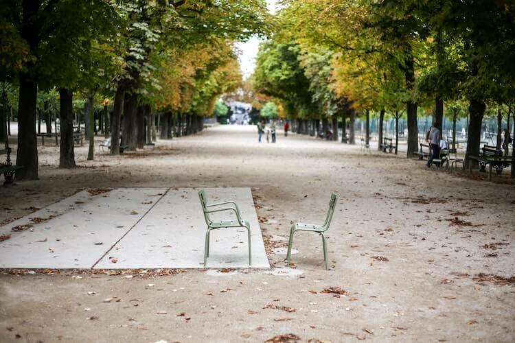Paris park in the fall