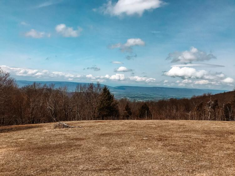 Overlook of Skyline Drive on a sunny day