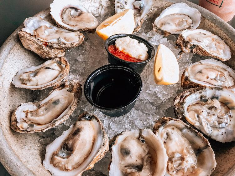 $1 Oysters at Sorry Charlie's