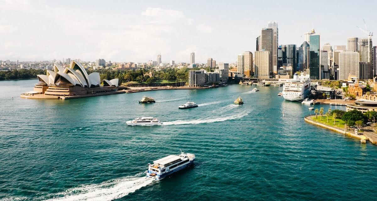 How to Spend 2 Weeks in Australia and Oceania