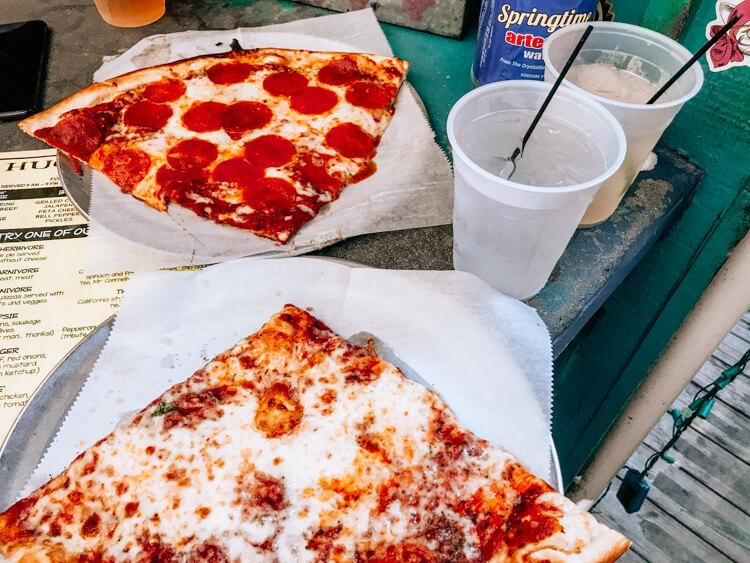 Huc a Poos Pizza