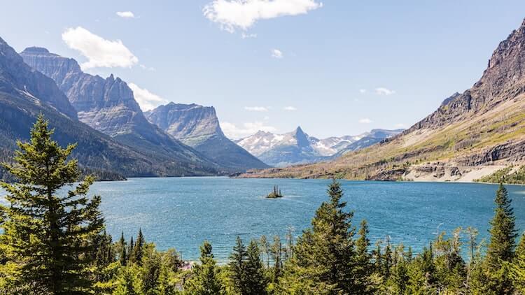 Mountain lake at Glacier National Park