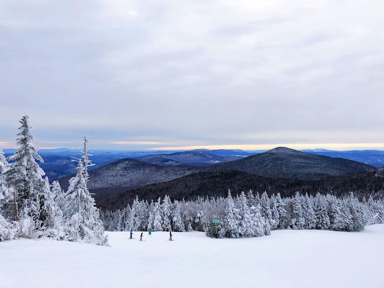 Go Skiing in the mountains in Vermont - Things to do in Stowe VT