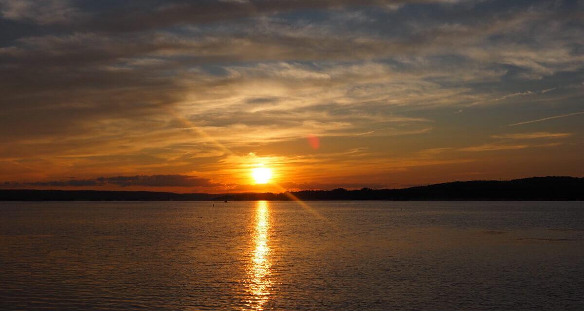 Travel to Chautauqua Lake, NY